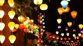 Turista Vietnam, Hoi An e lanterne di carta stock footage