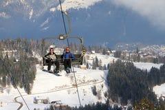 Turistas de Brandnertal no elevador fotos de stock royalty free
