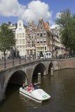 Turistas em Amsterdão Fotos de Stock