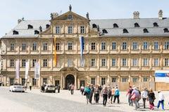 Turistas em Neue Residenz em Bamberga Fotografia de Stock Royalty Free