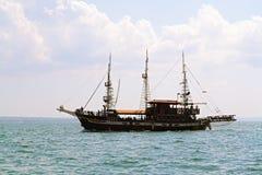 Turistas em um barco Foto de Stock Royalty Free