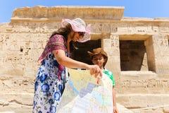 Turistas en Egipto imagen de archivo libre de regalías