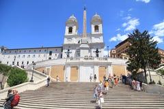 Turistas en Piazza di Spagna, Roma, Italia imagen de archivo