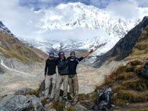 Turistas no acampamento base de Annapurna fotos de stock royalty free