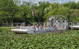 Turistas no airboat Imagem de Stock Royalty Free