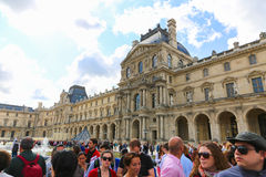 Turistas no Louvre - Paris Foto de Stock