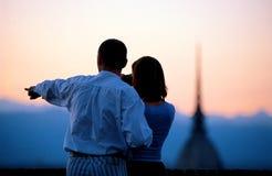 Turistas que descobrem Imagens de Stock Royalty Free