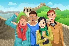 Turistas que levantam no Grande Muralha de China Imagem de Stock Royalty Free