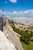Turistas que visitam o Acropolis Foto de Stock Royalty Free