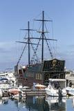 Turisten piratkopierar skeppet Royaltyfria Bilder