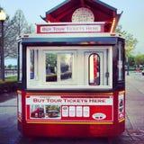 Turisten turnerar bussen Arkivfoton
