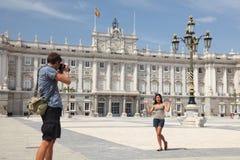 turister för madrid slottkunglig person Arkivbild