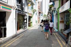 Turister i den arabiska fjärdedelen (KampongGlam) Singapore Arkivbilder