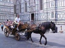 Turister i Florence på den Piaza dellasignoraen Fotografering för Bildbyråer