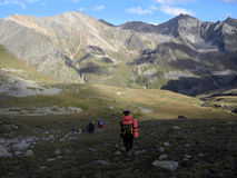 Turister i Kaukasuset Arkivbilder
