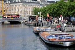 Turister i Köpenhamn Arkivbilder