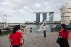 Turister i Singapore Royaltyfri Fotografi