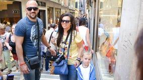 Turister i Venedig, Italien arkivbilder