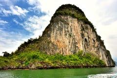 Turister på Khao Phing Kan Royaltyfria Bilder