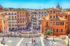 Turister på spanska moment i Rome, Italien Royaltyfri Bild