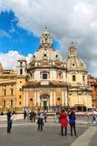 Turister tar bilder av sikt italy rome Arkivfoton