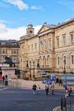 Turisti agli archivi nazionali della Scozia in principessa Street Edi Fotografia Stock