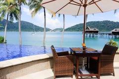 Turisti attendenti del ristorante del paradiso immagini stock libere da diritti