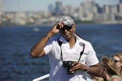 Turisti su un battello da diporto, Seattle, U.S.A. immagini stock libere da diritti