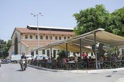 Turists w Chania Crete, Grecja, -, 2013 Chania, Maj - 21 - Obrazy Stock