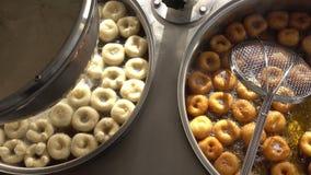 Turk Anatolia Traditional Sweet Dessert Donut namngav Lokma arkivfilmer