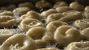 Turk Anatolia Traditional Sweet Dessert Donut namngav Lokma lager videofilmer
