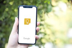 Turkey, Istanbul - September 15.2018: Hands on experience on Google Keep. Reviewing Google Keep application. Showing Google Keep o. Showing Google Keep on mobile royalty free stock photos