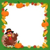 Turkiet i en hatt som vinkar hans vinge bredvid ramen av höstsidor och havre tacksägelse stock illustrationer