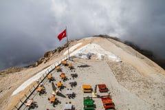 Turkiet Kemer, montering Tahtali (Olympos) Arkivbilder