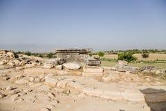Turkiet Pamukkale Fördärvar i nekropolen av Hierapolis Arkivfoton
