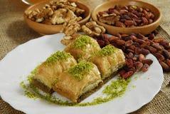 turkish десерта baklawa бахлавы Стоковое Изображение RF