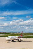 Turkish Airlines Airbus en la pista de despeque del aeropuerto de Zagreb Fotos de archivo