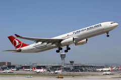 Turkish Airlines Airbus A330-300 Istanbul Airport Royalty Free Stock Photos