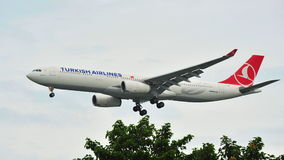 Turkish Airlines Airbus A330 landing at Changi Airport Stock Image