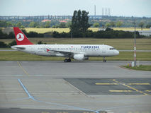 Turkish Airlines Airbus A320 on the runway Stock Photography