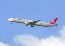Turkish Airlines Boeing 777 arrive in Hong Kong Stock Image