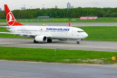 Turkish Airlines Boeing 737-8F2 aircraft  in Pulkovo International airport in Saint-Petersburg, Russia Stock Images