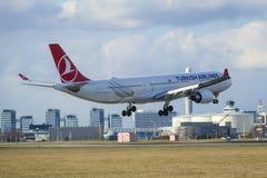 Turkish Airlines flygbuss A330 Arkivbild