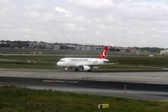 Turkish Airlines sur l'aéroport d'Istanbul Ataturk Photos libres de droits