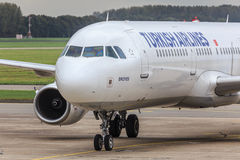 Turkish Airlines-vliegtuig Stock Foto's
