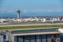 Turkish Airlines voyagent en jet décolle à l'aéroport international de Los Angeles Photo libre de droits
