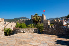 The Turkish flag over fortress Royalty Free Stock Images