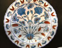 Turkish Iznik arabesque ceramic pottery dish Royalty Free Stock Photos