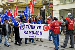 Turkish people march against the government. 27th February 2010 in Istanbul, Turkey - Turkish socialist workers demonstrate against the government's plans to Royalty Free Stock Images