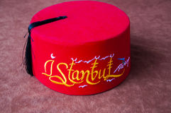 Turkisk fez med den istanbul stilsorten Royaltyfri Fotografi